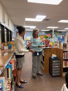 Mrs. Holmes accepts Colorado Science Teacher of the Year award!