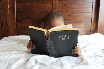 """""""....then he opened their minds to help them understand the Scriptures"""""""