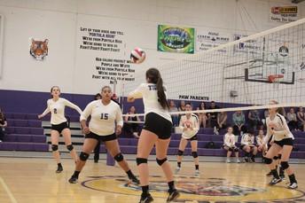 Varsity Volley-ball