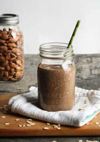 Chocolate Oatmeal Smoothie