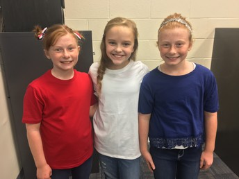 In Search of 4th Grade Musical Photos