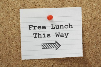 USDA EXTENDS FREE LUNCHES FOR ALL