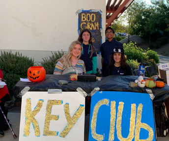 Key Club Gives Back on Showcase
