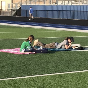 Be on the lookout this summer WEEKLY on the SpringHill ISD Facebook page for a post about 20:5 Pledge to Excellence, and then leave a picture of your child reading in the comments section.