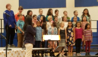 Chorus Performance!
