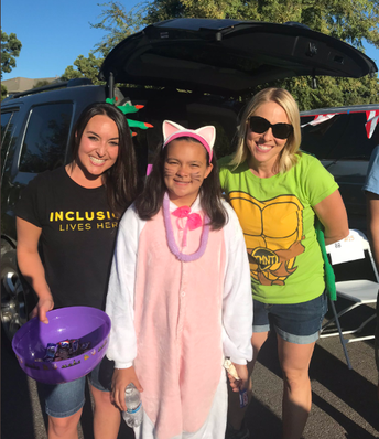 """Trunk or Treat"" at Del Norte"