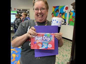Ms. Cindy, Prize Winner!