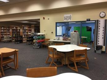 Clover-Leaf Collaboration Tables