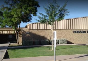 Robson Elementary School | Escuela Primaria Robson
