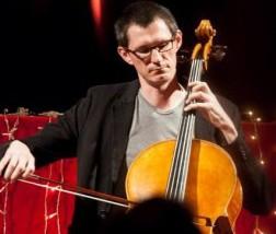 Jon Cottle, violoncel Suzuki