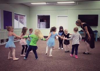 DANCE CLASS!
