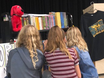 Lending Library Promotes Literacy