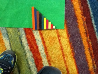Making a staircase using the Cuisenaire rods. 0 to 10.