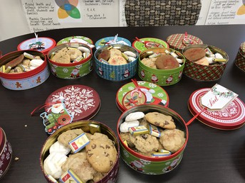 Sweet Treats bring Holiday Cheer for Climate at Walnut Grove