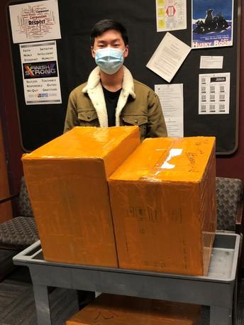 Hamilton High School student creates UV light boxes