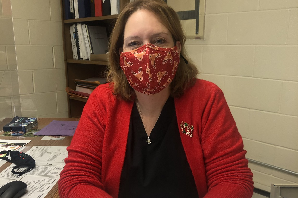 Staff doing their part by wearing their mask