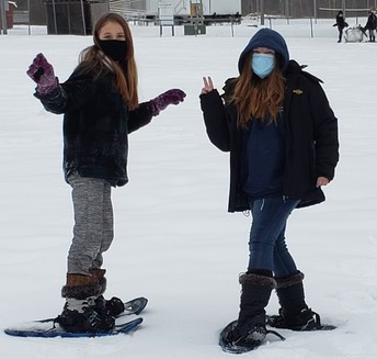 FHGS Students Show Off Snowshoes