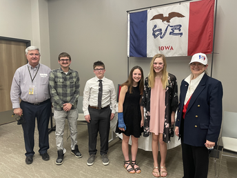 Knoxville Middle School Students Earn Awards for Iowa Flag Essays