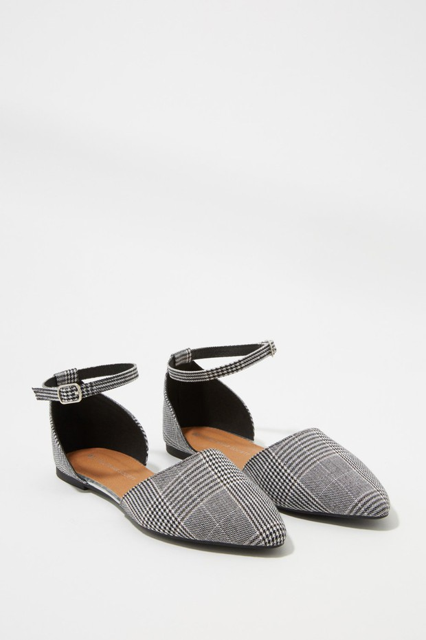 women-shoes-flats