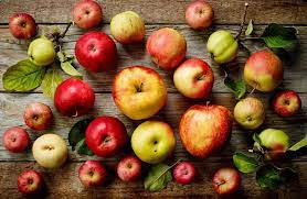 There are more than 7,500 different varieties of apples that grow around the world!