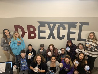 DB EXCEL Students Create the Only Ornaments for the TN Christmas Tree in Washington, D.C.