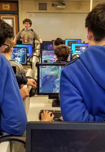 Students Spotlight- Esports at AHS