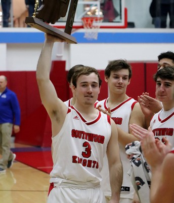 SHS Boys' Basketball Wins Sectionals