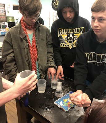 Seeing  sublimation using dry ice