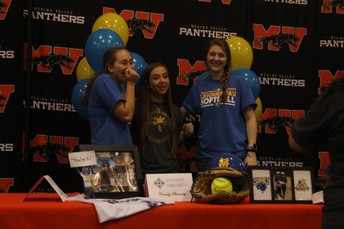 Ashley Decock - Softball @ LeTourneau University