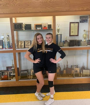 FHS Wrestling State Qualifiers Rylee Baker and Rylee Caswell