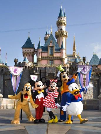 Viaje musical a Disney de Kennedy - Para estudiantes de banda avanzada y orquesta avanzada de 8th grado