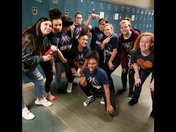 8th Grade Basketball Ladies!
