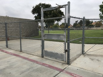 Please keep gates closed. It keeps our kids safe!