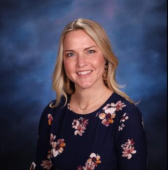 Lauren Byrd of Hickory Elementary School Named 2021 HCPS Teacher of the Year