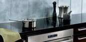 Unframed Cooktops Are Trending