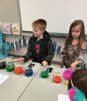 1st Grade Students Exploring with Sound