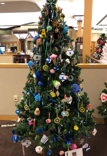 Vote for the Aquin Art Tree