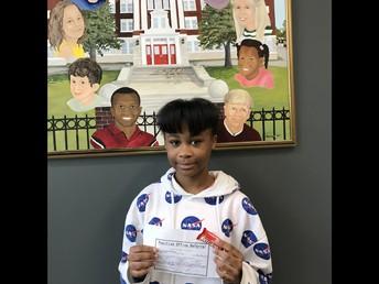 Lauren earned a positive referral for always working hard.