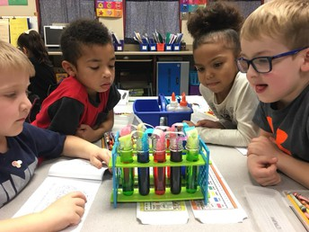 Studying the properties of water in Kindergarten