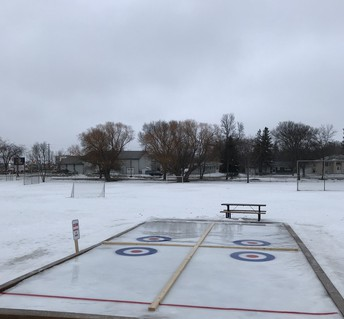 NEW Elmdale Curling Rink