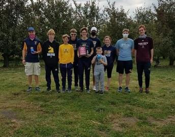 HS Boys Varsity Cross Country team wins the Olivet invite