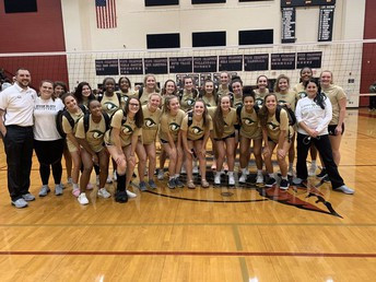 Gators of the Week: RB Volleyball Wins Thriller to Advance to Lower State Championship