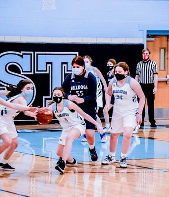 Girls Basketball Action!