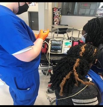 EMT Students Learn Patient Assessments