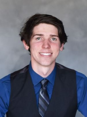 Poway High School Student Wins Scholarship