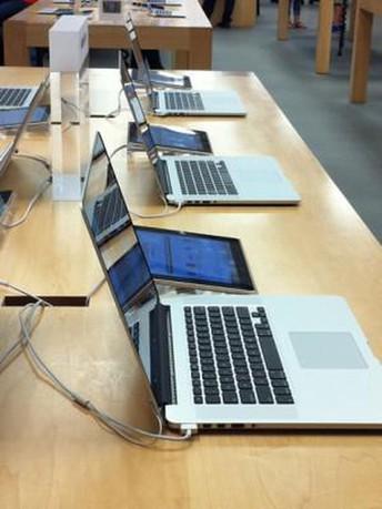 MacBook Roll In