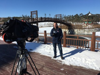 Steve Luke grew up in the MDUSD, graduating from College Park High School in 1995.  He is currently a reporter/anchor for NBC News in San Diego, and has been reporting from the 2018 Winter Olympics in South Korea.