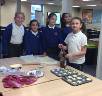 Y5 mince pie making