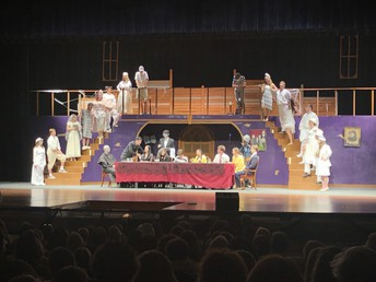 "UHS Drama Department delights crowds with the musical, ""The Addams Family"""