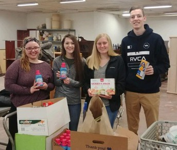 MHS National Business Honor Society Supports the Milwaukee Homeless Veterans Initiative (MHVI)